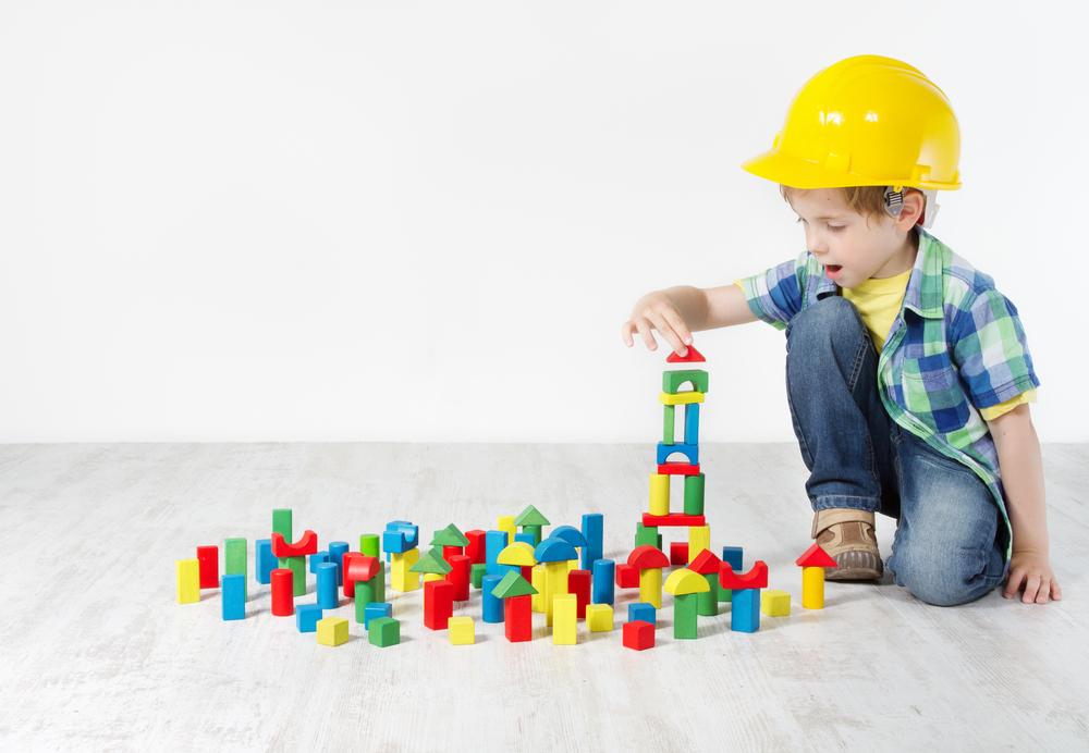 Mit Bausteinen die Bewegungssicherheit im Bereich der Hände fördern