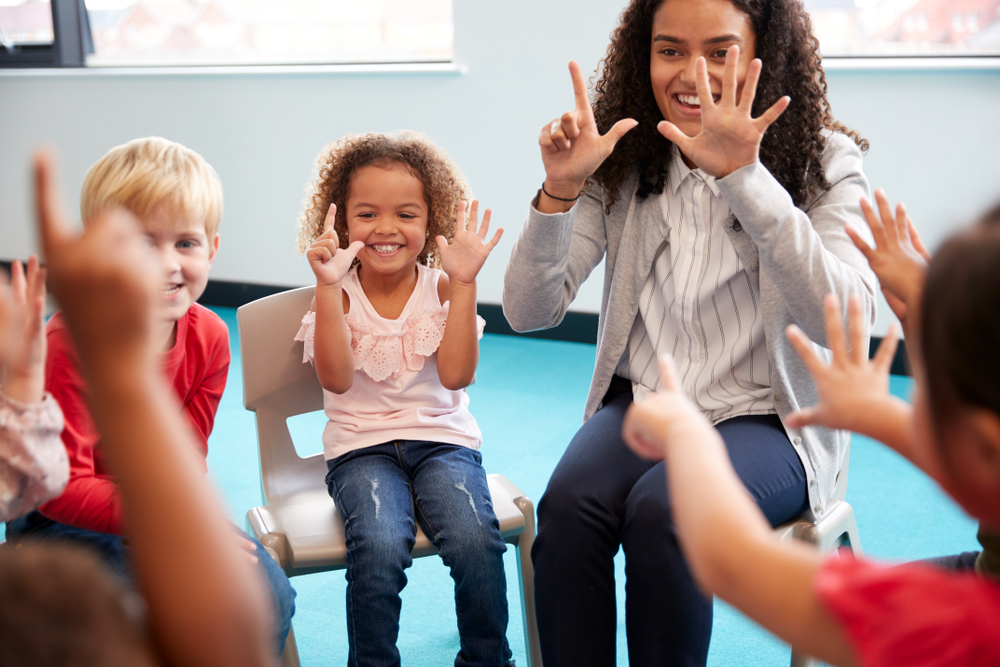 Kinderreime in der Kita, spielerisch Reime im Kindergarten lernen