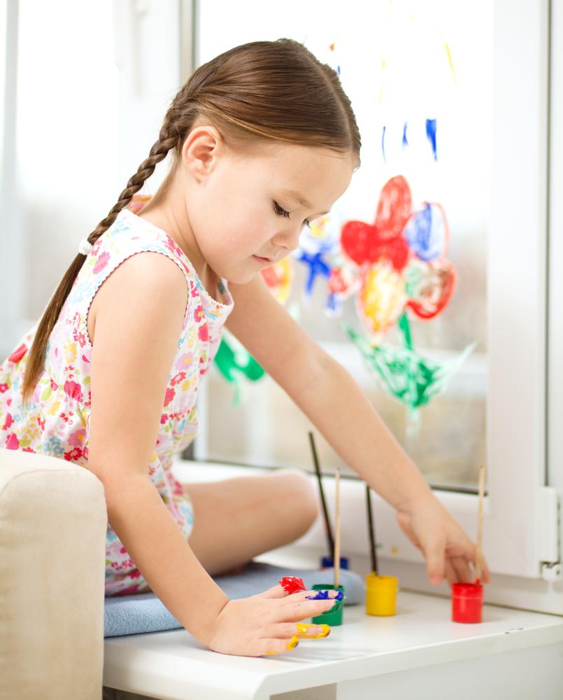 Fensterbilder mit Fingermalfarben