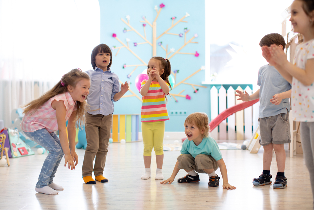 Musikalische Bewegung in Form von Spielen umsetzen