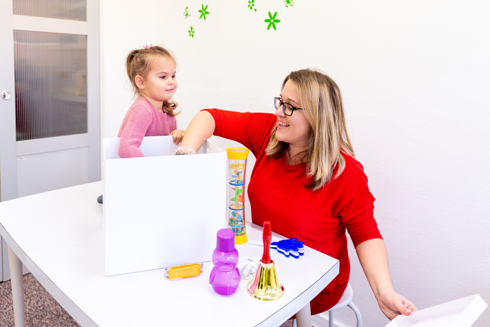 Kinder erraten gern Gegenstände, Ratespiele in der Kita