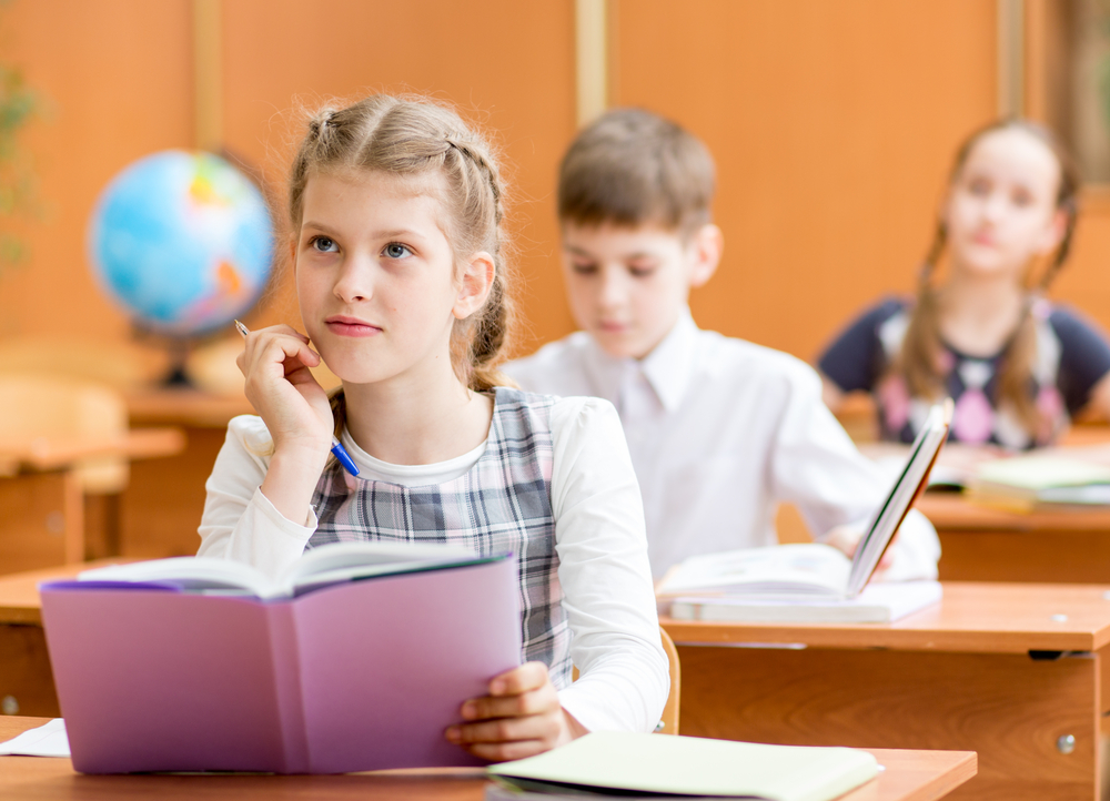 Schulfähigkeiten im Kindergarten, Kinder auf die Schule vorbereiten