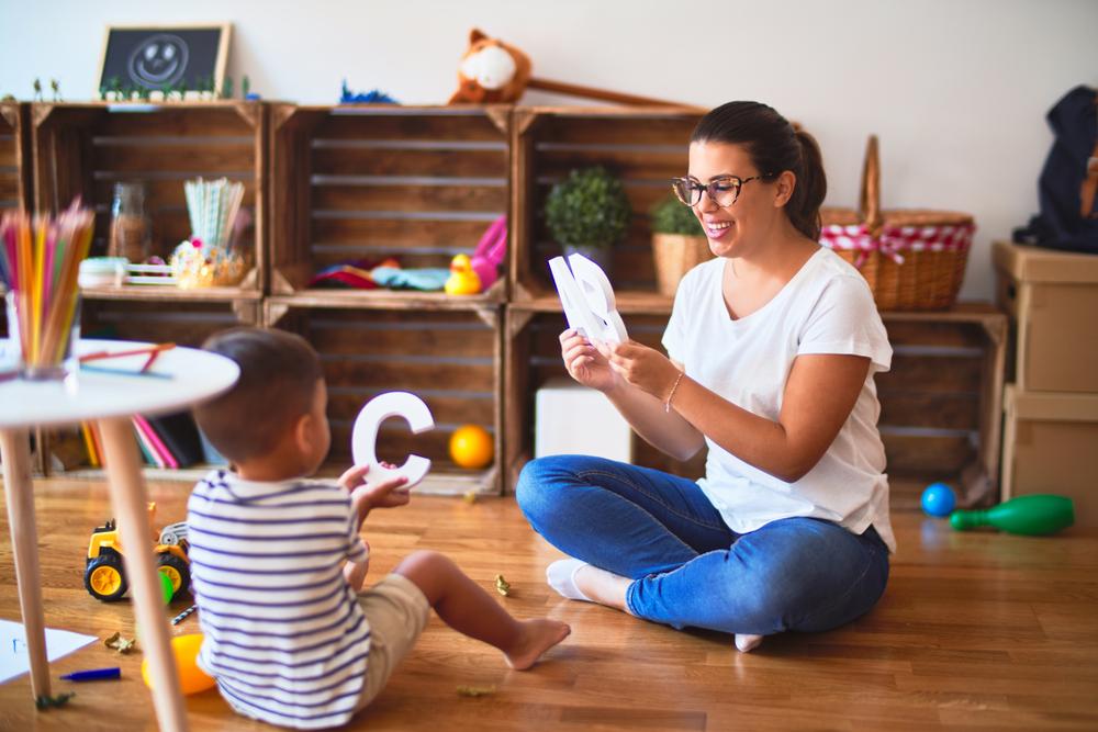 Durch Sprach- und Wortspiele unterstützt man die Sprachentwicklung bei Kindern