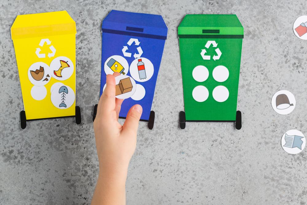 Kinder sollten so früh wie möglich mit der Mülltrennung in Berührung kommen