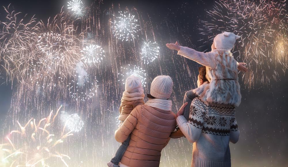 Kinder Silvester, Feuerwerk DIY, Papprollen Tischfeuerwerk